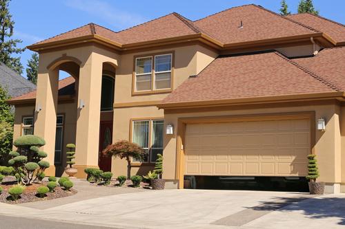 6 Benefits of Residential Sectional Garage Doors