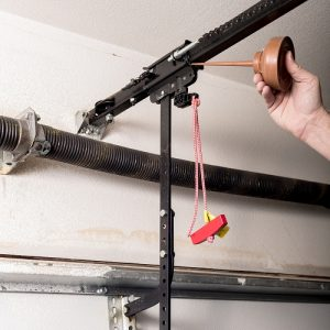 maintenance of garage door