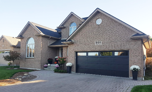 When Is the Right Time to Get a New Garage Door?